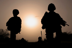 U.S. Army combat infantrymen provide security during a patrol.の写真素材 [FYI02107307]