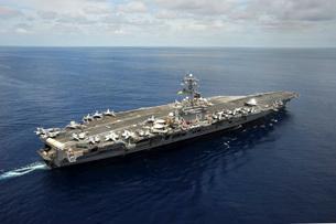 Nimitz-class aircraft carrier USS Dwight D. Eisenhower.の写真素材 [FYI02107591]