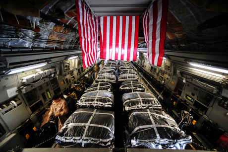Pallets of cargo inside of a C-17 Globemaster III.の写真素材 [FYI02107610]