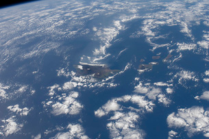 The Hawaiian Islands as seen from the International Space Station.の写真素材 [FYI02107611]