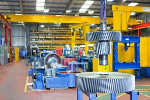 Gear wheels in factoryの写真素材 [FYI02118934]
