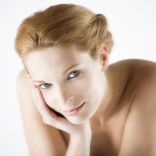 A female nude, portraitの写真素材 [FYI02119932]