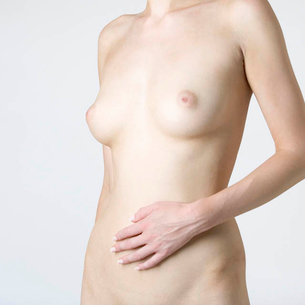 A female nude, mid sectionの写真素材 [FYI02121593]