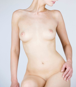 A female nude, front viewの写真素材 [FYI02124345]
