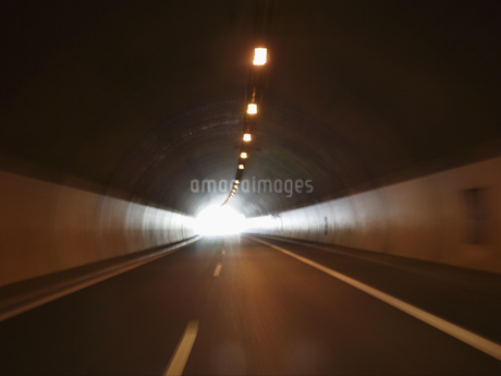 Empty tunnel, Klosters, Grisons, Switzerlandの写真素材 [FYI02127527]