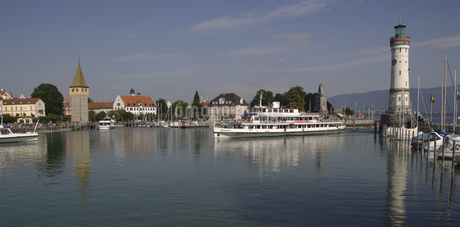 Harbor in Germanyの写真素材 [FYI02128207]