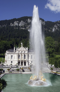 Fountain in Germanyの写真素材 [FYI02128541]