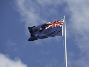 Low angle view of New Zealand flagの写真素材 [FYI02129622]