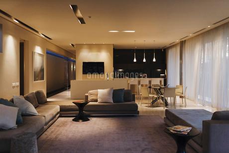 Modern open floor planの写真素材 [FYI02154640]