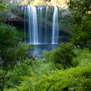 Tranquil waterfallの写真素材 [FYI02158503]