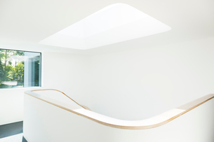Skylight and staircase of modern houseの写真素材 [FYI02160054]