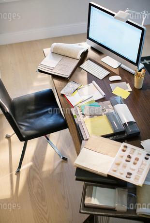High angle view of interior designer's deskの写真素材 [FYI02167892]