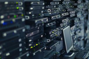 Computer and server room rack panelの写真素材 [FYI02171232]