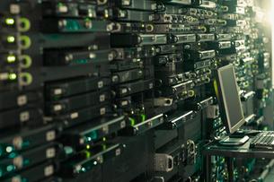 Computer and server room rack panelの写真素材 [FYI02171555]