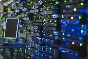 Computer and server room rack panelの写真素材 [FYI02174088]