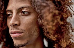 Close up of serious man's faceの写真素材 [FYI02184973]