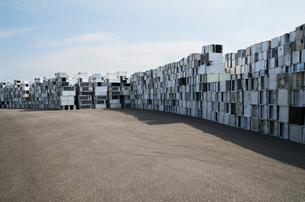Sweden, Uppland, Lovsta, Household appliances stacked for reの写真素材 [FYI02189908]