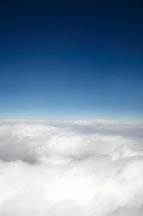 Idyllic scene with cloudscapeの写真素材 [FYI02190039]