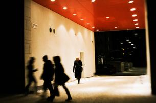 Sweden, Stockholm, People in undergroundの写真素材 [FYI02192269]