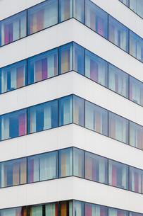 Sweden, Stockholm, Close up of corner of modern buildingの写真素材 [FYI02193082]