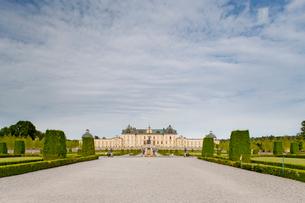 Sweden, Stockholm, Front view of Drottningholm Palaceの写真素材 [FYI02193093]