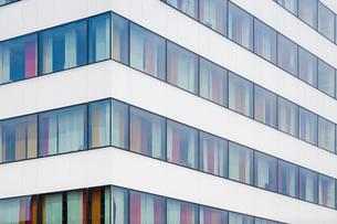 Sweden, Stockholm, Close up of corner of modern buildingの写真素材 [FYI02193229]