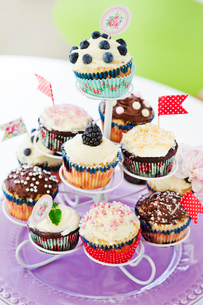 Sweden, Stand with cupcakesの写真素材 [FYI02197633]