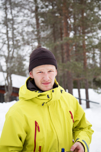 Norway, Hedmark, Trysil, Portrait of hiker in forestの写真素材 [FYI02197656]