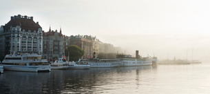 Sweden, Stockholm, View of Strandvagen and Ostermalmの写真素材 [FYI02198274]