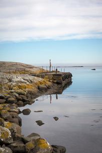 Sweden, Skane, Hallands Vadero, Tranquil landscape with rock groyneの写真素材 [FYI02199369]