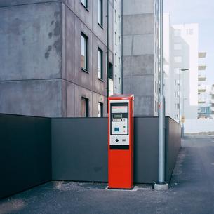 Sweden, Skane, Malmo, Parking meter on streetの写真素材 [FYI02201573]