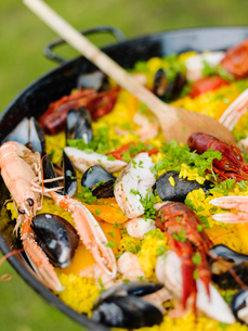 Sweden, Close up of paella with seafood on grillの写真素材 [FYI02202894]