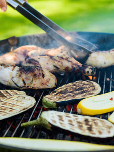 Sweden, Chicken meat and aubergines on barbeque grillの写真素材 [FYI02203224]