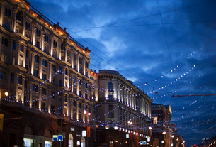 Russia, Moscow, Christmas decoration in streetの写真素材 [FYI02203290]