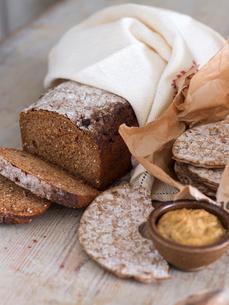 Sweden, Rye bread and crispbreadの写真素材 [FYI02203850]