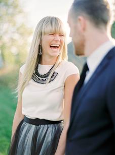 Sweden, Portrait of laughing bride and groomの写真素材 [FYI02203900]