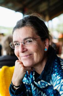 Sweden, Portrait of smiling mature womanの写真素材 [FYI02204044]