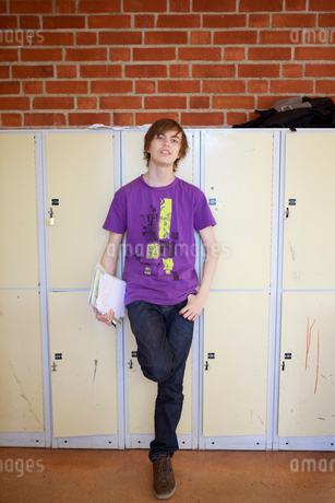 Sweden, Portrait of teenage boy (14-15) at schoolの写真素材 [FYI02204995]