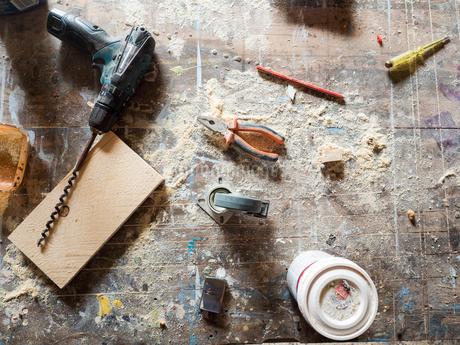 Sweden, Tools on floorの写真素材 [FYI02205688]