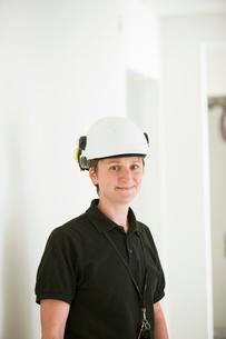 Sweden, Woman in protective helmetの写真素材 [FYI02207426]