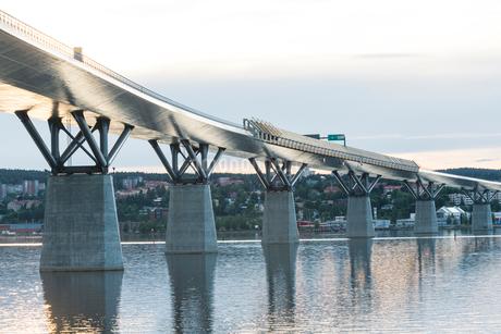 Bridge over a river in Medelpad, Swedenの写真素材 [FYI02207871]