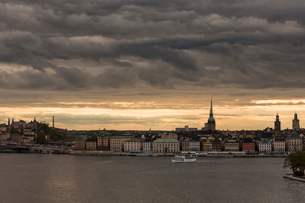 A view of Gamla Stan with Slussen; Sodermalm to the leftの写真素材 [FYI02207926]