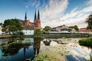 Sweden, Uppland, Uppsala, Uppsala Cathedral by pondの写真素材 [FYI02208086]