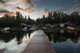 Pier on lake in Jamtland, Swedenの写真素材 [FYI02208175]