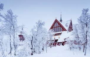 Sweden, Lapland, Kiruna, Church in winterの写真素材 [FYI02208188]