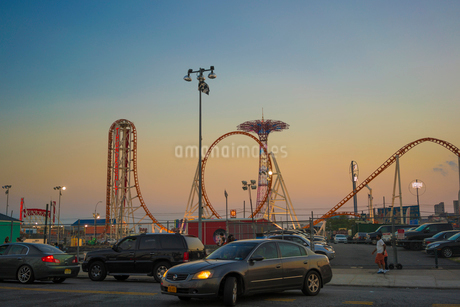 Rollercoaster at Coney Island, New York Cityの写真素材 [FYI02208282]