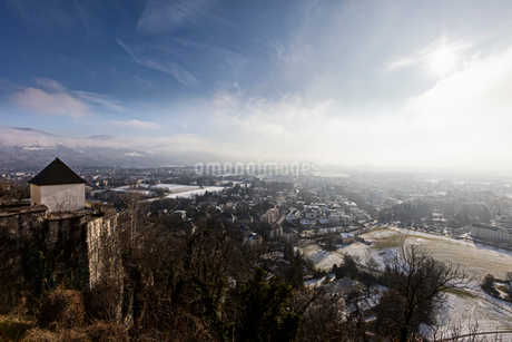 A view across the city in Austriaの写真素材 [FYI02208283]