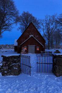 Skagershult Church during winter in Narke, Swedenの写真素材 [FYI02208344]