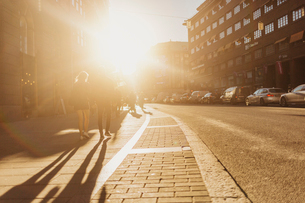Street at sunset in Stockholmの写真素材 [FYI02208350]