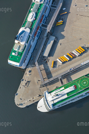 High angle view of port in Stockholm, Swedenの写真素材 [FYI02208414]